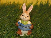 Goebel Hase  #544  Minihase  Herzliche Grüße   Hasenjunge liest vor