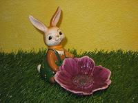 Goebel Hase  #607  Anemonenblüte