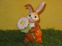 Goebel Hase  #643  Zarte Wiesenblume