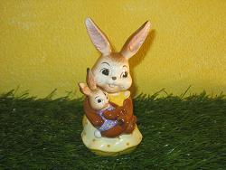 Goebel Hase  #682  Kuscheln mit Mama