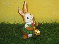 Goebel Hase  #688  Saxophonspieler