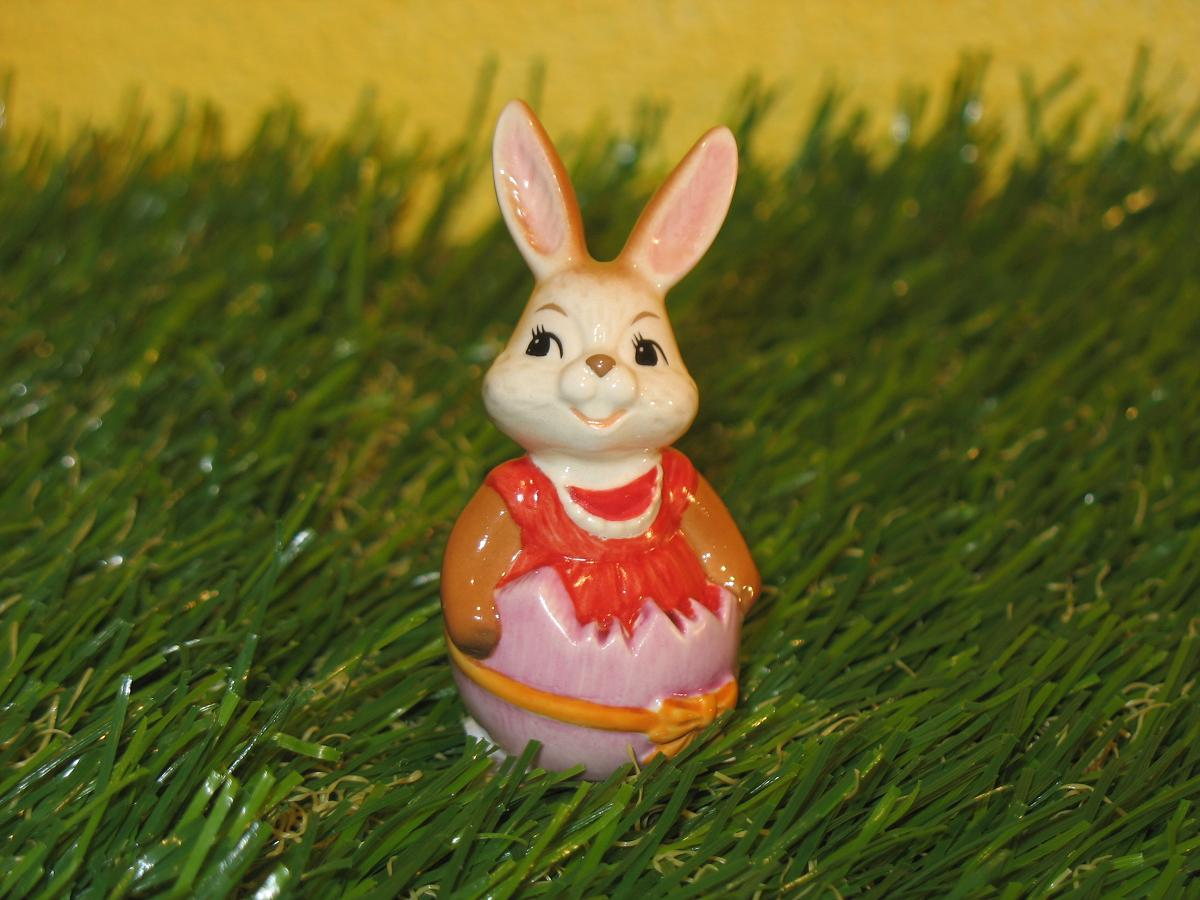 Minihase Frohe Ostern Hasendame in Eierschale ----> GoebelShop - die ...