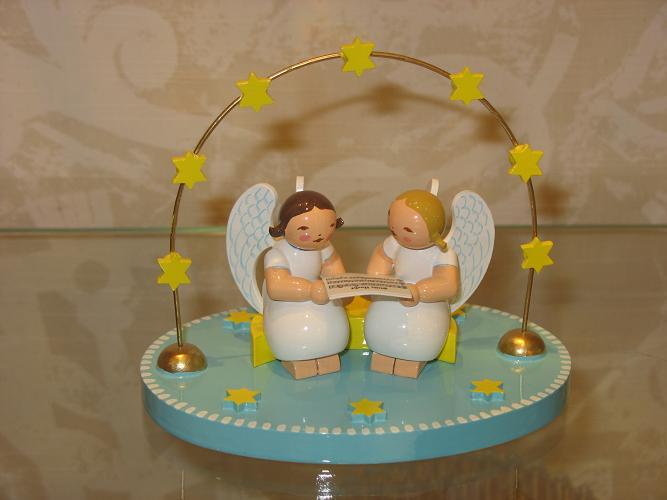 zwei engel im bogen wendt k hn online. Black Bedroom Furniture Sets. Home Design Ideas